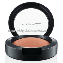 MAC Mineralize Blush pudrová tvářenka odstín Utterly Game 3,5 g