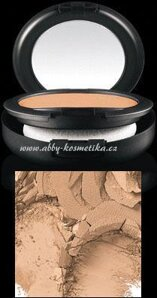 MAC Studio Fix Powder Plus Foundation make-up a pudr v jednom odstín NW35 15 g